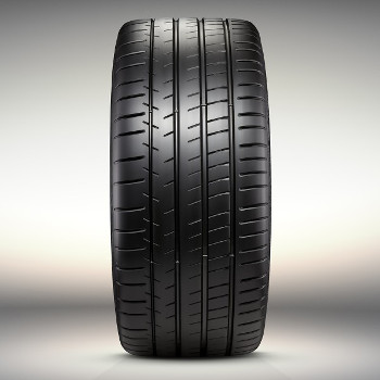 "20"" Tire, Rear - GM (84062182)"