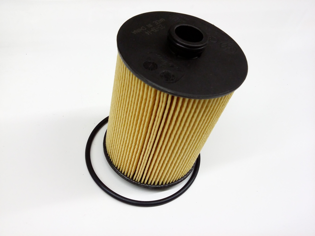 Oil Filter - Volkswagen (03H-115-562)