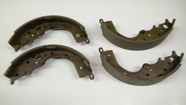 Brake Shoes - Toyota (04495-08030)