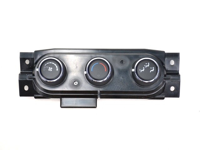 A/C AND HEATER - AUX - CONTROL 68158253AD - Mopar (68158253AD)