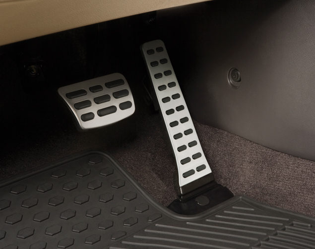 Sport Pedals (Manual Transmission)