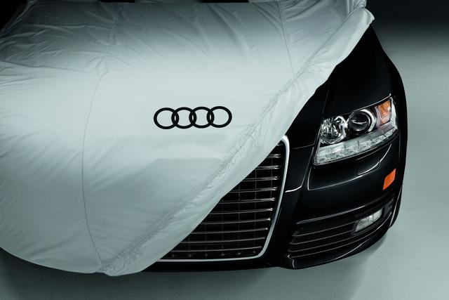 Outdoor Car Cover (NWB)