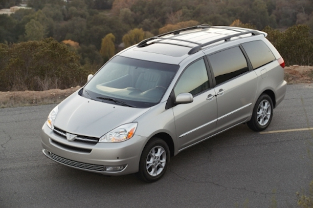 toyota sienna problems and common complaints toyota parts center blog toyota sienna problems and common