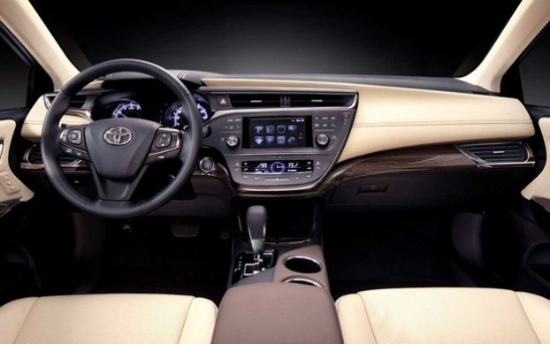 2013 Toyota Avalon Best Interior - Wards Auto