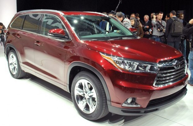 2014 Toyota Highlander Debuts in New York