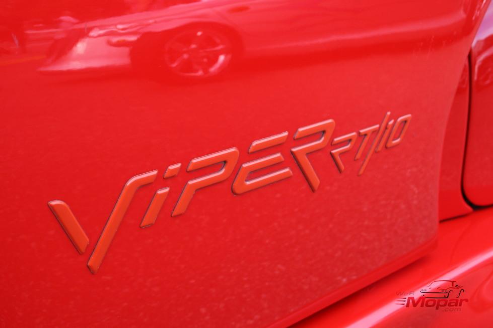 Dodge SRT Hellcat Viper Logo T-Shirt, Sticker, Key Chain ...  Dodge Viper Emblem History