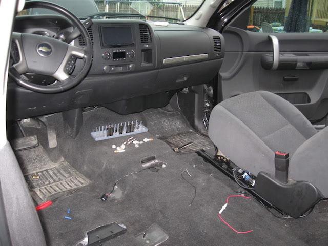 silverado console to jump seat swap autos post. Black Bedroom Furniture Sets. Home Design Ideas