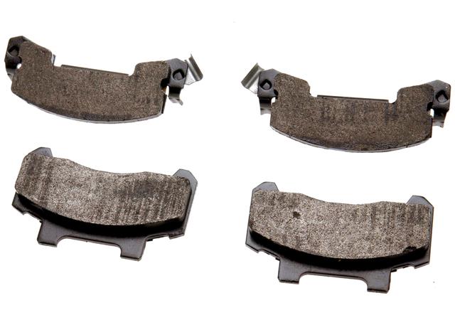 Disc Brake Pad Set - GM (18024902)