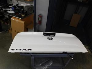 NISSAN TITAN TAILGATE TAKE OFF COMPLETE - Nissan (93400-EZ00A-T)