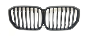 G05 X5 M Performance Gloss Black Front Kidney Grille - vehicles with Park Assist & Night Vision - BMW (51-13-8-096-591)