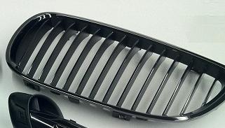 E9x M3 Edition Black Chrome Kidney Grill - Right - BMW (51-13-7-979-350)
