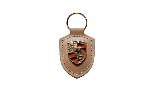 KEY TAG CREST BEIGE - Porsche (WAP-050-098-0H)