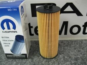 Engine Oil Filter Kit - Mopar (68079744AD)