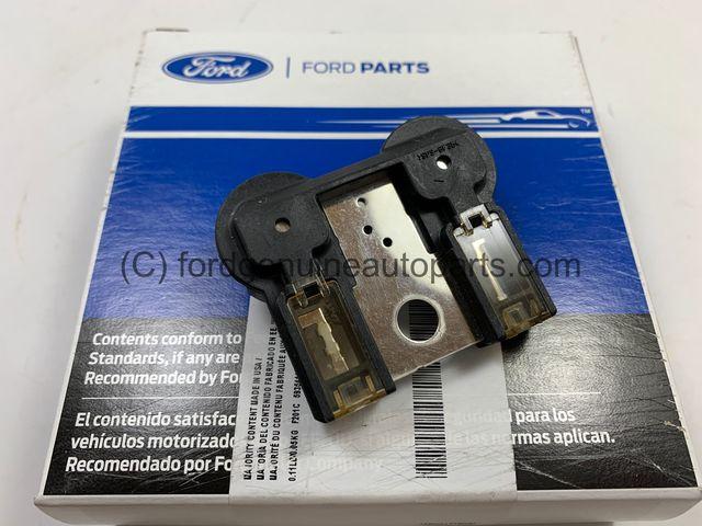 Ford AL3Z-14526-AA Circuit Breaker Assy
