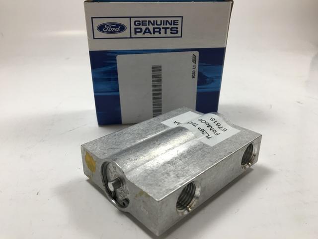 Genuine Ford Valve Collar 5L3Z-7Z465-AA