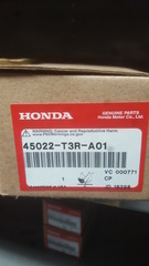 Genuine Honda Front Brake pad set - Honda (45022-T3R-A01)