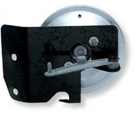 1967-1969 RH - Kick Panel Vent Air Inlet Actuator Bracket (with actuator installed) - Classic Muscle (3895927)