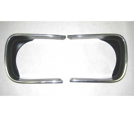 1967 Headlamp Bezel Set - Classic Muscle (38981490)