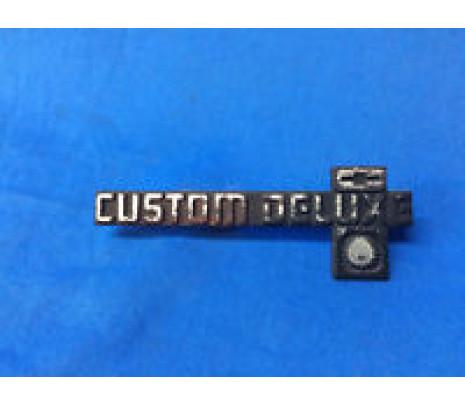 "1981-87 C10 Dash Panel Emblem ""CUSTOM DELUXE"" - Classic Muscle (14023045R)"