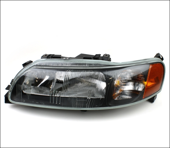 Headlamp Assembly - Volvo (8693563)