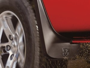 Deluxe Molded - Splash Guards - Mopar (82209242)