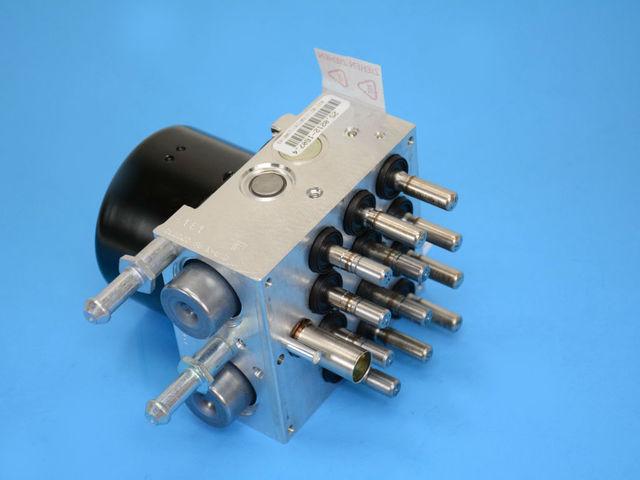 Mopar 68030938AA Master Cylinder