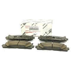 OEM NEW Front Right & Left Brake Pad Set Fits 2010-2015 Toyota Avalon & 2010-2017 Toyota Camry - Toyota (0446507010)