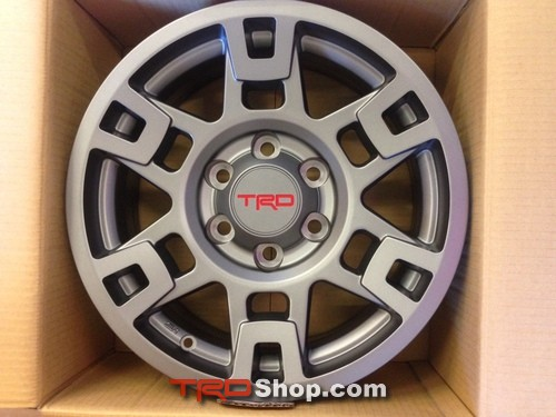 17-IN TRD Pro Wheel, Gray - Toyota (PTR20-35110-GR)