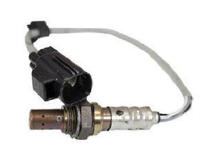 OEM Ford Oxygen Sensor - Ford (GU2Z-9G444-A)