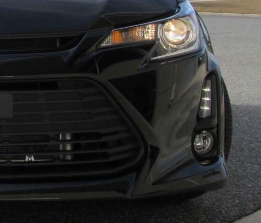 Scion tC 2014 Fog Light kit - Toyota (00012-X1408-01)