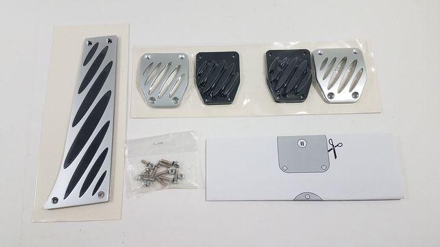 Aluminum Pedals - Manual Transmission - BMW (35-00-2-213-213)