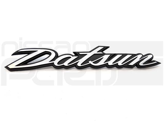 """DATSUN"" NAMEPLATE - Nissan (M-90806-E4601)"