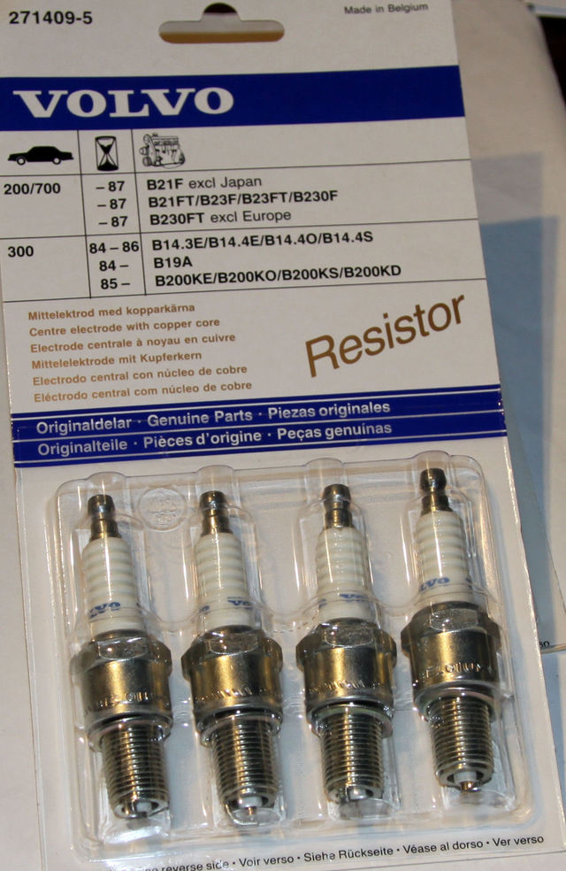 Volvo Spark Plug Kit 4-cyl up to 1987