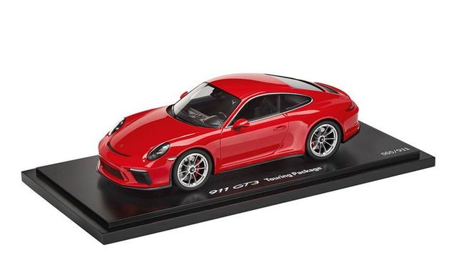 Model Car: 911 GT3 type 991 Touring Package 2017 Indian red 1:18 - Porsche (WAP-021-165-0J)