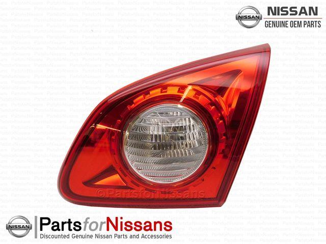 26550JM01C Genuine Nissan LAMP COMB RR,RH 26550-JM01C