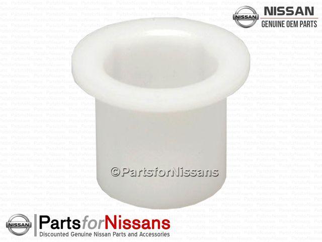 Clutch Pedal Bushing (S12 S13 S14 Z31 Z32 R31 R32) - Nissan (46525-N8200)