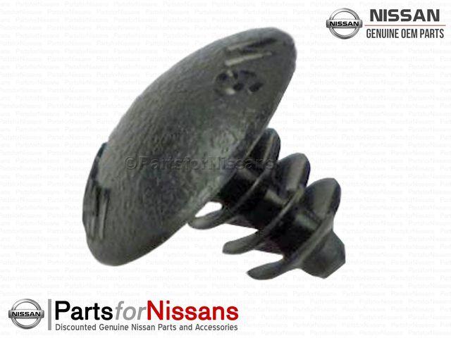 Plug S13 S14 R32 R33 R34 Z32 Z33 Z34 - Nissan (01658-01481)