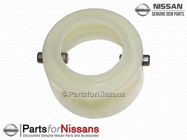Shifter Socket Assembly Control Lever (S13 S14 S15 Z31 C32 C33 C34 R32 R33 R34) - Nissan (32870-V5003)
