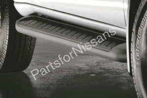 2005-2012 PATHFINDER STEP RAILS - Nissan (999T6-XR003)