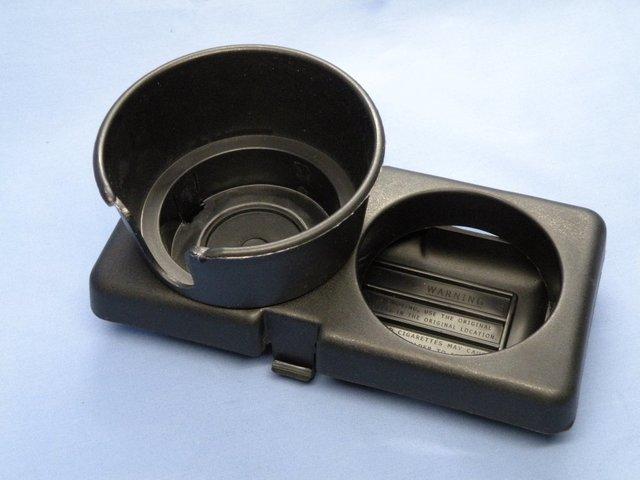Genuine Mazda 0000-8D-D01 Cup Holder