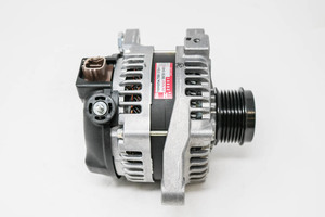 Alternator - Toyota (27060-37041)