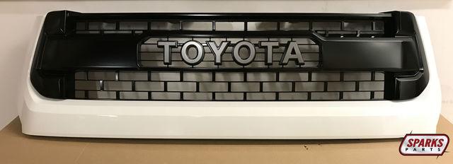 TRD Pro Grille - 040 Superwhite - Toyota (53100-0C260-A0)
