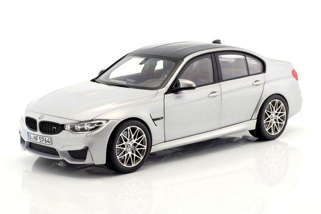 BMW MINIATURE M3 (F80) 1:18 - MINERAL WHITE - BMW (80-43-2-411-552)