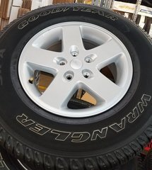 """17"""" OEM '07-'17 Jeep Wrangler Rims and 255/75/R17 Tires"""