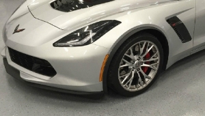 New Genuine GM Front Spoiler Stage 1 Splitter 2015-2017 C7 Z06 - GM (22922352)