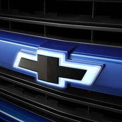 Emblem Package Illuminated Black Grille Bowtie with Black Tailgate Bowtie - GM (84129741)