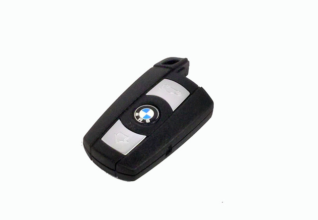 Keyless Entry Transmitter - BMW (66-12-6-986-583)