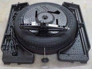 Spare Tire Kit - Mopar (82214638AG)