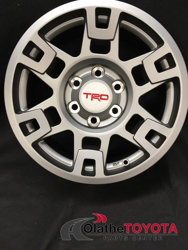 TRD 17-IN. MATTE GRAY ALLOY WHEEL - Toyota (PTR20-35110-GR)