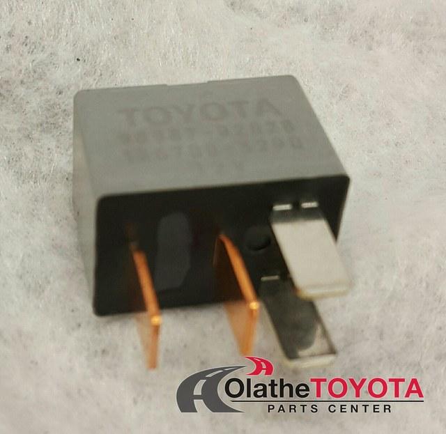 Relay - Toyota (90987-02028)